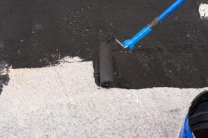 Bitumen dichtet Boden und Wände ab