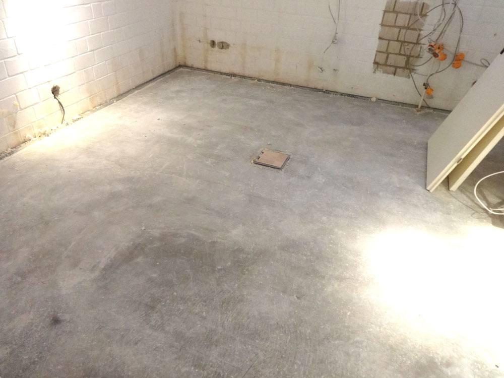 Keller vor der Sanierung